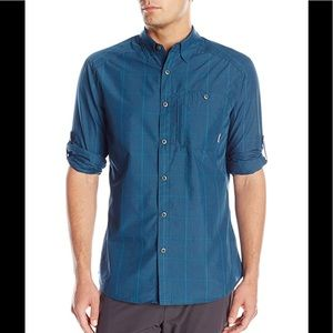 NWT coolmax select wick button down long sleeve